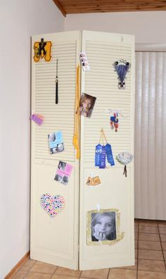 Keep some memories in plain view with this personalized and simple room divider. Hang up photos and other momentos with a variety of Command™ Hooks and Clips! Click the link to learn more.