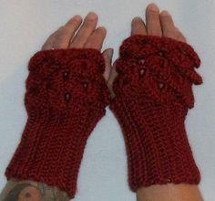 Fingerless Gloves ~ Crocodile Stitch Fingerless Gloves ~ Dragon Scale Fingerless Gloves ~ Ready to Ship by robinvz2000 on Etsy