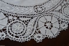 "Vintage White Linen Cluny Bobbin Lace Tablecloth Topper 33"" Deep Lace Gorgeous 