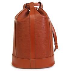 【中古】Louis Vuitton(ルイヴィトン) M52353 ランドネGM エピ ワンショルダー バッグ ケニアン ブラウン/優れた収納力で人気商品のリュック、エピラインのランドネGMサイズ。ショルダーは9段階調節可能。/新品同様・極美品・美品の中古ブランドバッグを格安で提供いたします。