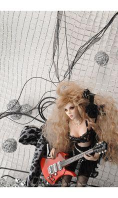 12inches Kidult Doll - Melissa hon | Dollmore.net