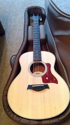 These taylor acoustic guitars are really great... #tayloracousticguitars