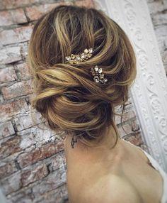 Tonya Pushkareva Long Wedding Hairstyle for Bridal via tonyastylist / http://www.himisspuff.com/long-wedding-hairstyle-ideas-from-tonya-pushkareva/7/
