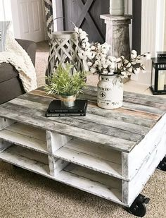 10+ Super Simple Ideas To Make Fascinating Diy Pallet Table For The Garden - Fresh4Home