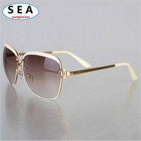 I think you'll like Vintage OCULOS Fashion sunglasses women brand designer UV 400 summer METAL female large frame eyeglasses gafas de sol s0497. Add it to your wishlist!  http://www.wish.com/c/543928c54ad3ab1c06ea5992