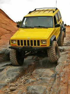 Yellow jeep cherokee XJ