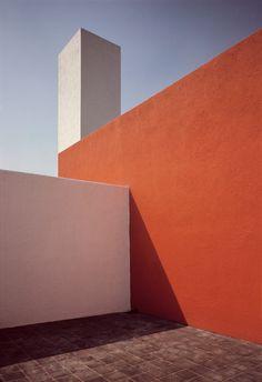 Rene Burri MEXICO. Mexico City. Tacubaya. House of Mexican architect Luis BARRAGAN. Roof terrace. 1969.