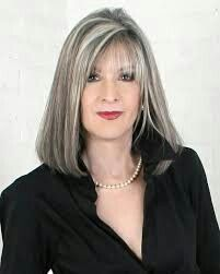 Silver style...I really like the look of this light fringe on this hairstyle