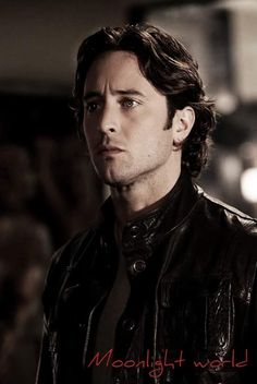 Mick Beauty - Alex O'Loughlin Moonlight
