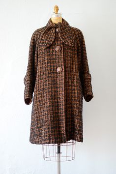 vintage 1940s tweed wool swing coat with ascot