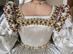 Tudor Dress, Tudor Fashion, Renaissance Fair Costume, Jacobean, 16th Century, Beaded Jewelry, Fairy, Fantasy, Costumes
