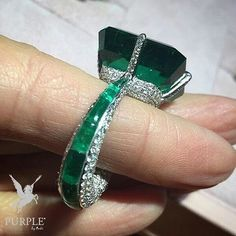 Check this treasure! This exquisite emerald and diamond ring by…