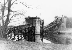 zbouraný most na jezu