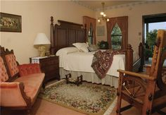 Have stayed here several times: The Miller Haus, Grandpa's Nap Room