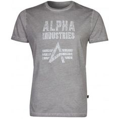 This genuine Alpha Industries branded Crack Print T-shirt made from 100% pure cotton features the famous brands logo screen printed on the front. This colour is Grey