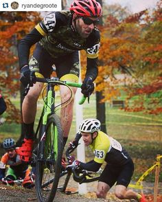 #Repost @ryandegroote with @repostapp ・・・ Yesterday's race ( #silvergoose) was my favourite race of the year! Cold and windy, rain showers and a water logged course made for an amazing day of racing.  My bike was amazing, as always. Wish I got that last step on the podium.  Maybe next week at #baseballcross.  And thanks to my family for coming out to cheer us on. Thanks #batemansbikeco  #norcobicycles #giro #glowingred #camo #crossishere #cxisboss @batemansbikeco @norcobicycles…