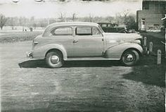 great old car- what kind though?