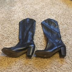 Black heeled cowgirl boots Super cute black heeled cowgirl boots, good condition besides one loop broke (pictured) Shoes Heeled Boots