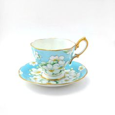 Tea cup and saucer Royal Albert