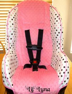 DIY carseat cover, I really want to do this for Zoey, but not sure I have the skills...