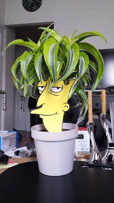 LOL funny gif meme memes funny pics funny meme funny gifs friday the funny memes funny pic Simpsons Party, The Simpsons, Best Funny Pictures, Funny Photos, Random Pictures, Friday The 13th Funny, Tahiti, Flower Pots, Funny Memes