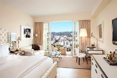 C Beverly Hills is a luxury boutique hotel in Los Angeles- United States of America. C Beverly Hills on Splendia and benefit from exclusive special offers - Cama Queen Size, Cama King, Beverly Hills Hotel, Leading Hotels, Hotel Suites, Home Bedroom, Master Bedroom, Bedroom Ideas, Glam Bedroom