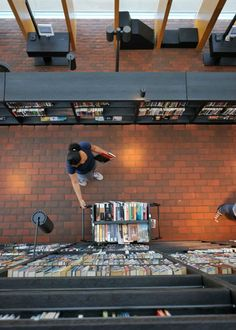 Nice Magnificent Five Story Book Mountain Library | Story Books, Mountains And  Architecture