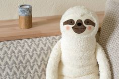 Hot water bottle cover Sloth white Faulpelz Rustic by PetitiPanda Water Bottle Covers, Cute Sloth, Woodland Animals, Wool Felt, Little Ones, Hot, Balloons, Handmade, Bags