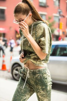 Gigi out and about in New York, June Style Gigi Hadid, Cat Walk, Bella Hadid, Supermodels, Mini Skirts, Street Style, Crop Tops, Hot, Sexy