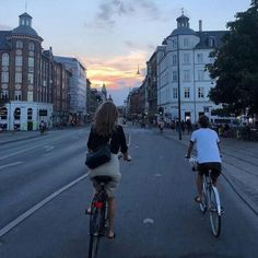 gensyn med mit yndlings menneske i dag 💫 Summer Feeling, Summer Vibes, Paris 3, Good Vibe, Doja Cat, Summer Goals, Summer Aesthetic, Travel Aesthetic, Summer Dream