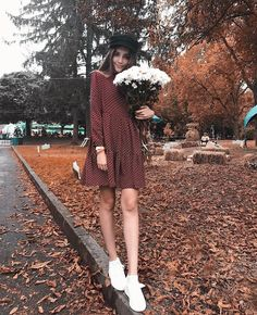 62 Ideas for hat boho style bohemian Bohemian Mode, Bohemian Style, Boho Fashion, Autumn Fashion, Fashion Outfits, Fashion Trends, Outfits With Hats, Fall Outfits, Hippie Stil