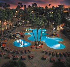 Swimming Pool at Treasure Island Hotel Casino