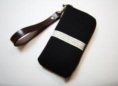 iPhone 5 / 5S /5C  Case /Sleeve / padded zipper by Womensgirl