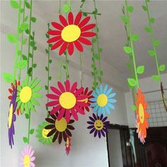 Floral Decor Handmade Cloth Sun Flower Wall Hanging Home Childs Room Garden Ball Decorations & Garden Kids Crafts, Preschool Crafts, Diy And Crafts, Arts And Crafts, Paper Crafts, Decoration Creche, Ball Decorations, Spring Art, Spring Crafts