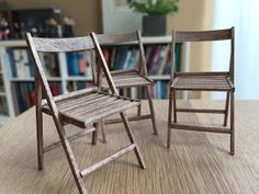 Old Chair Illustration - Cafe Chair Simple - - Yellow Leather Chair - Miniature Chair, Miniature Furniture, Dollhouse Furniture, Miniature Kitchen, New Furniture, Furniture Making, Garden Furniture, Long Chair, Wooden Folding Chairs