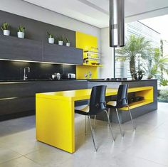 Yellow kitchen will be so much attractive for any home design whether big or small. It gives your room a bright color and more spacious. So, here are some yellow kitchen ideas for designing your kitchen room. Yellow Kitchen Designs, Best Kitchen Designs, Modern Kitchen Design, Kitchen Colors, Modern Interior Design, Interior Design Kitchen, Interior Ideas, Small Modern Kitchens, Black Kitchens