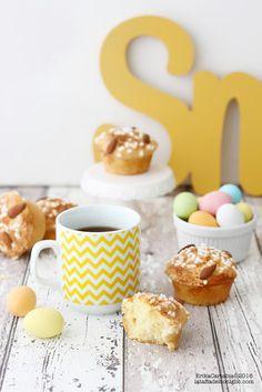 La tana del coniglio: Brioche glassate alle mandorle per Pasqua