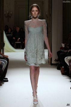 #kamzakrasou #sexi #love #jeans #clothes #dress #shoes #fashion #style #outfit #heels #bags #blouses #dress #dresses #dressup #trendy #tip #new #kissExkluzívne fotografie z módnej prehliadky - Georges Hobeika I.