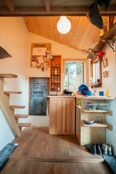 makes the most of the space, especially the stairs!