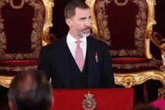SSMM los Reyes Felipe VI y Letizia, recibieron al Cuerpo Diplomático acreditado en el Reino de España en el Palacio Real de Madrid. 26-01-2017