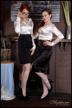 Dedicated to all things silk,satin.and a little sissy Blouse Sexy, Blouse And Skirt, Blouse Dress, Skirt Suit, Satin Skirt, Satin Dresses, Secretary Outfits, Satin Bluse, Femmes Les Plus Sexy