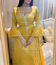 Hijab Fashion, Fashion Dresses, Mode Abaya, Indian Designer Outfits, Kaftan, Engagement, Bridal, Design Moderne, Inspiration