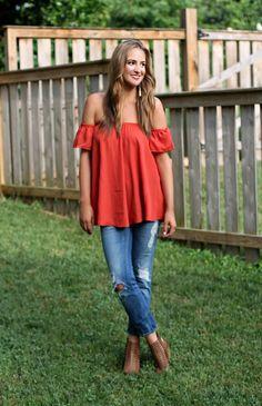 Cold Shoulder Top - Lex What Wear #ootd #outfit #outfitideas #styleideas #fashionblogger #styleblogger #nashvillefashion #nashvillestyle #offtheshoulder