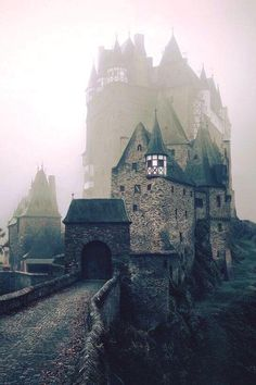 The medieval Eltz Castle located in Wierschem, Germany, has been owned and occupied by the same family for over 850 years, or 33 generations to be exact.