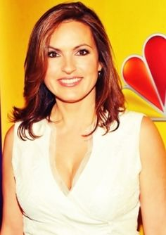 ❤Marishka Hargitay inspiration to real women! I admire her as an actress and for her hard work against domestic violence and crimes against women.
