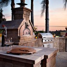 Outdoor Kitchen Designs, Modular Hardscapes, Outdoor Fireplace Designs & Fire Pit Kits