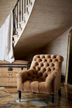 margadirube:  birdcagewalk: ralphlauren:Presenting Iconic Design from Ralph Lauren Home,The Mayfair Tufted Chair, This demure tufted chair i...