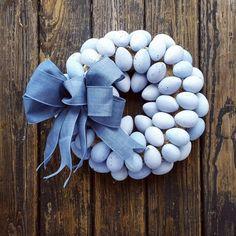 Speckled Blue Easter Egg Wreath