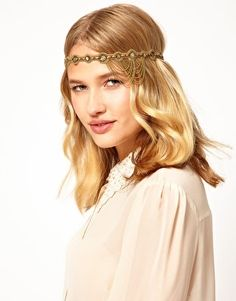 Buy Deepa Gurnani Chain Drape Head Band at ASOS. With free delivery and return options (Ts&Cs apply), online shopping has never been so easy. Get the latest trends with ASOS now. Beauty Crush, Hair Dos, Your Hair, Head Jewelry, Hair Jewellery, New Years Outfit, Latest Outfits, Costume Makeup, Bandeau