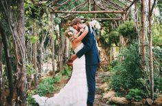 This outdoor San Diego garden wedding has our hearts racing... The polka dots and the lovely lace wedding dress by Maggie Sottero? Yes please.